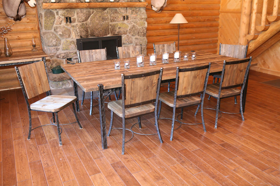 Big Horn Dining Table