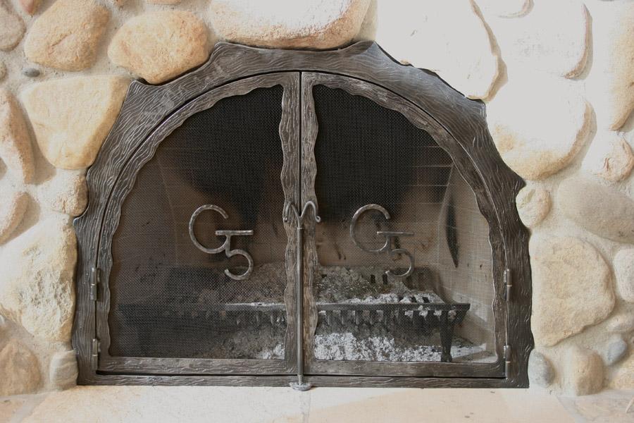 G5 Fireplace Screen