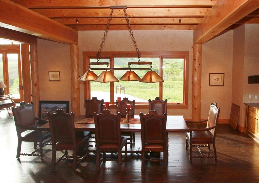 Oregon Trail Dining Light 0