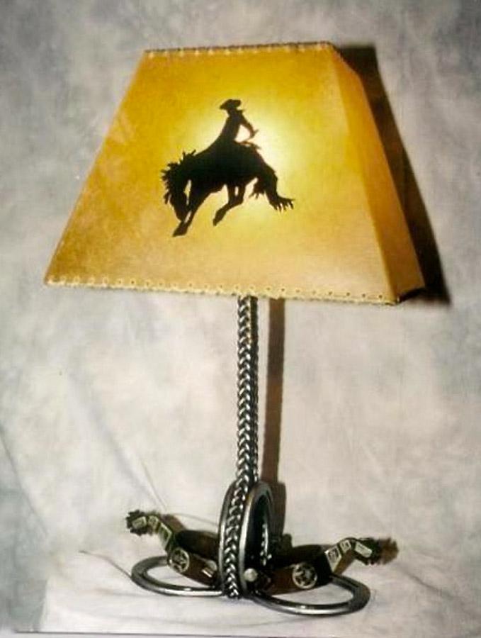Spur Lamp