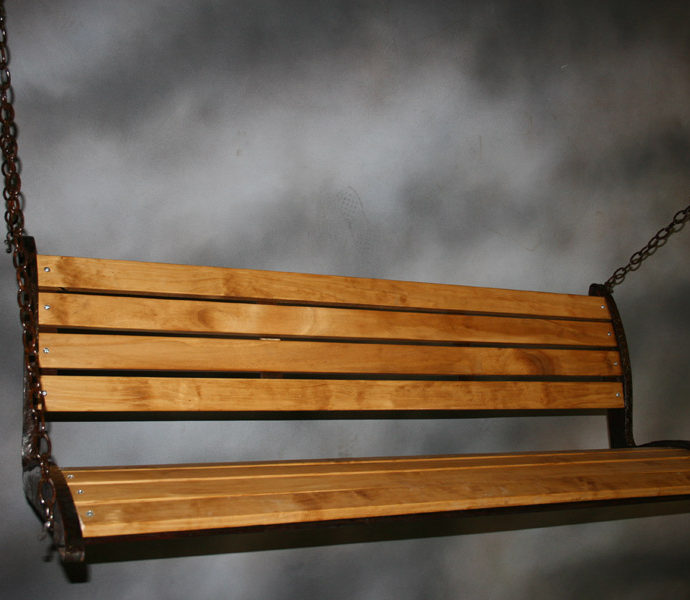 wooden-porch-swing_4