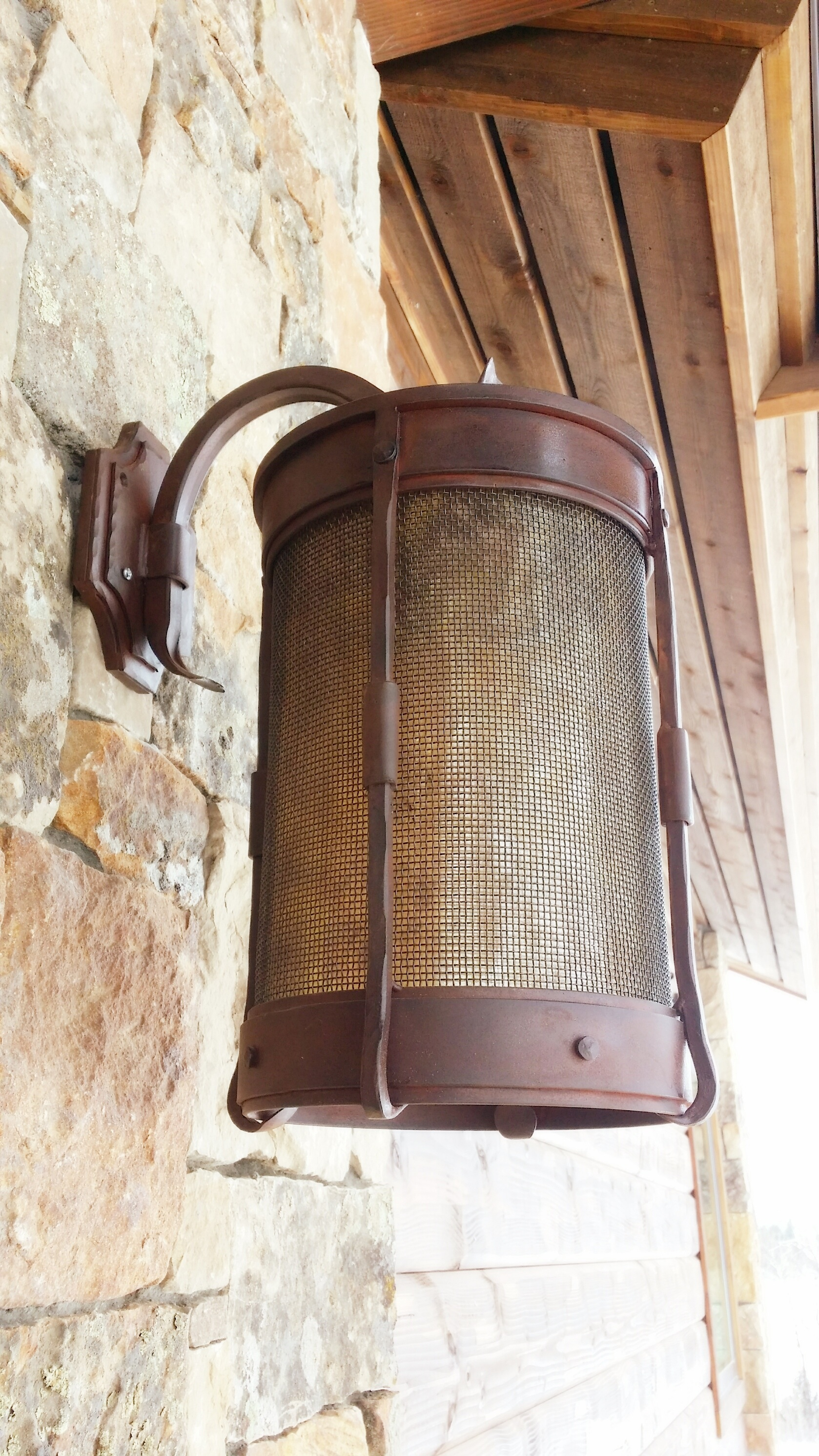 Cylinder Sconce W Mesh