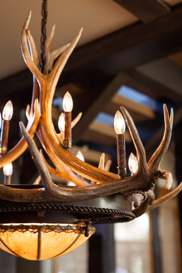"Elk Horn Chandelier 36"" with Candelabra"