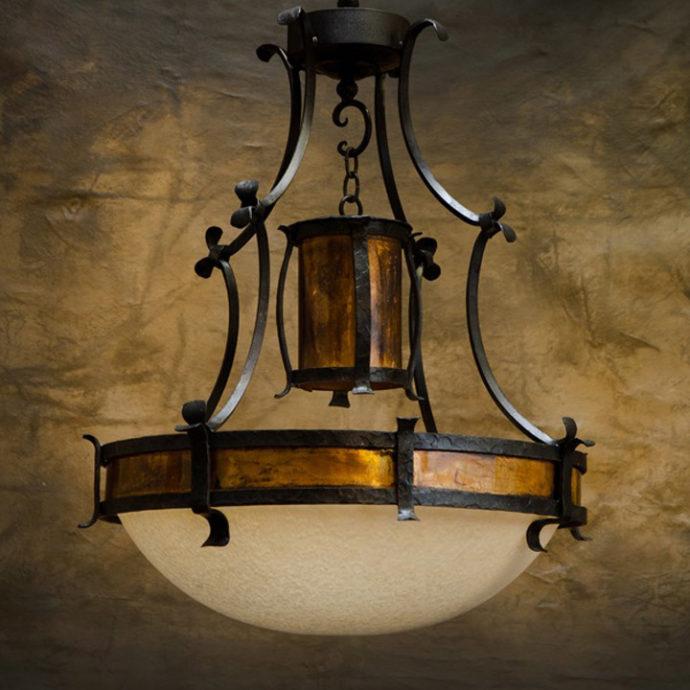 hazelton-chandelier