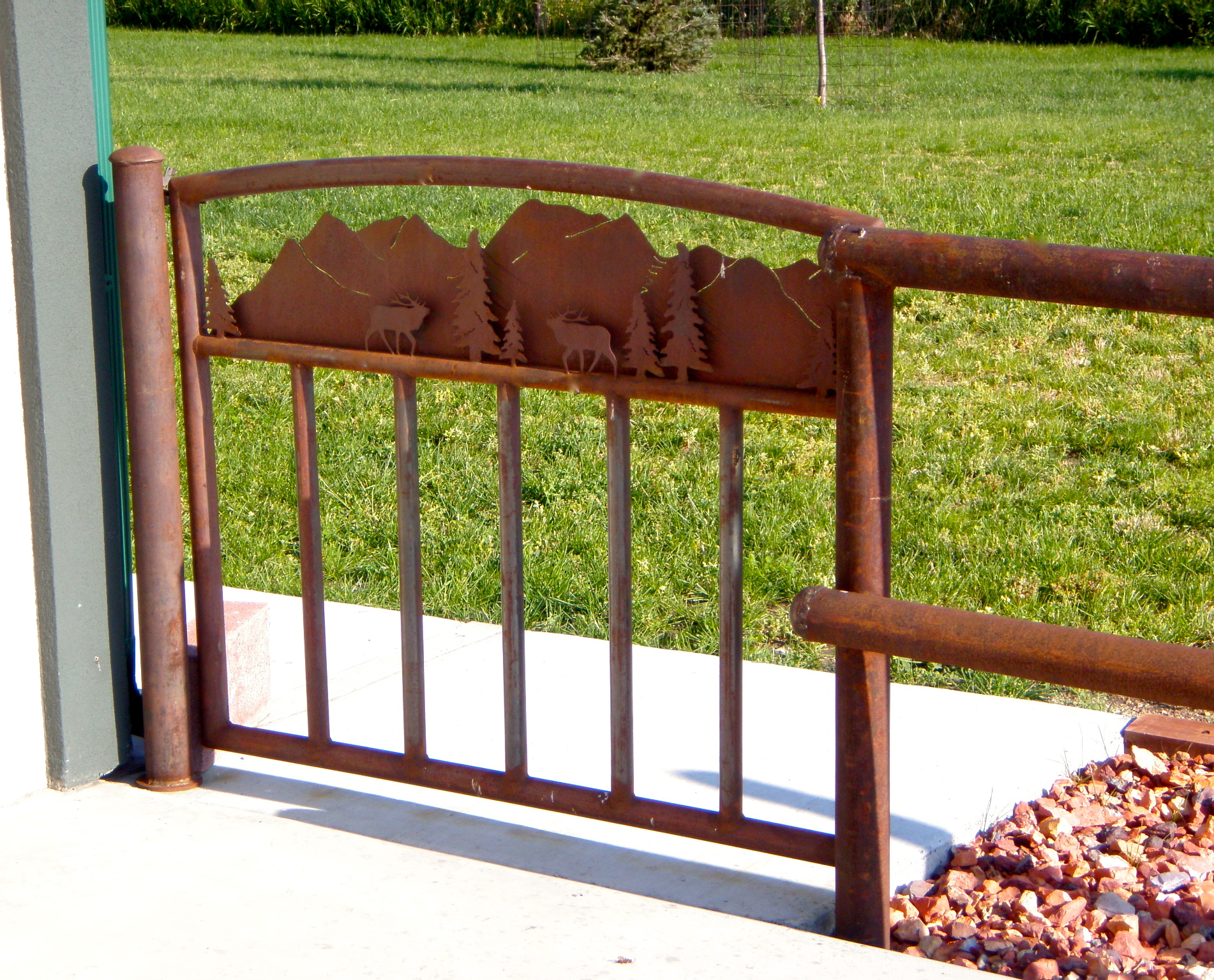Mountain And Elk Custom Gate