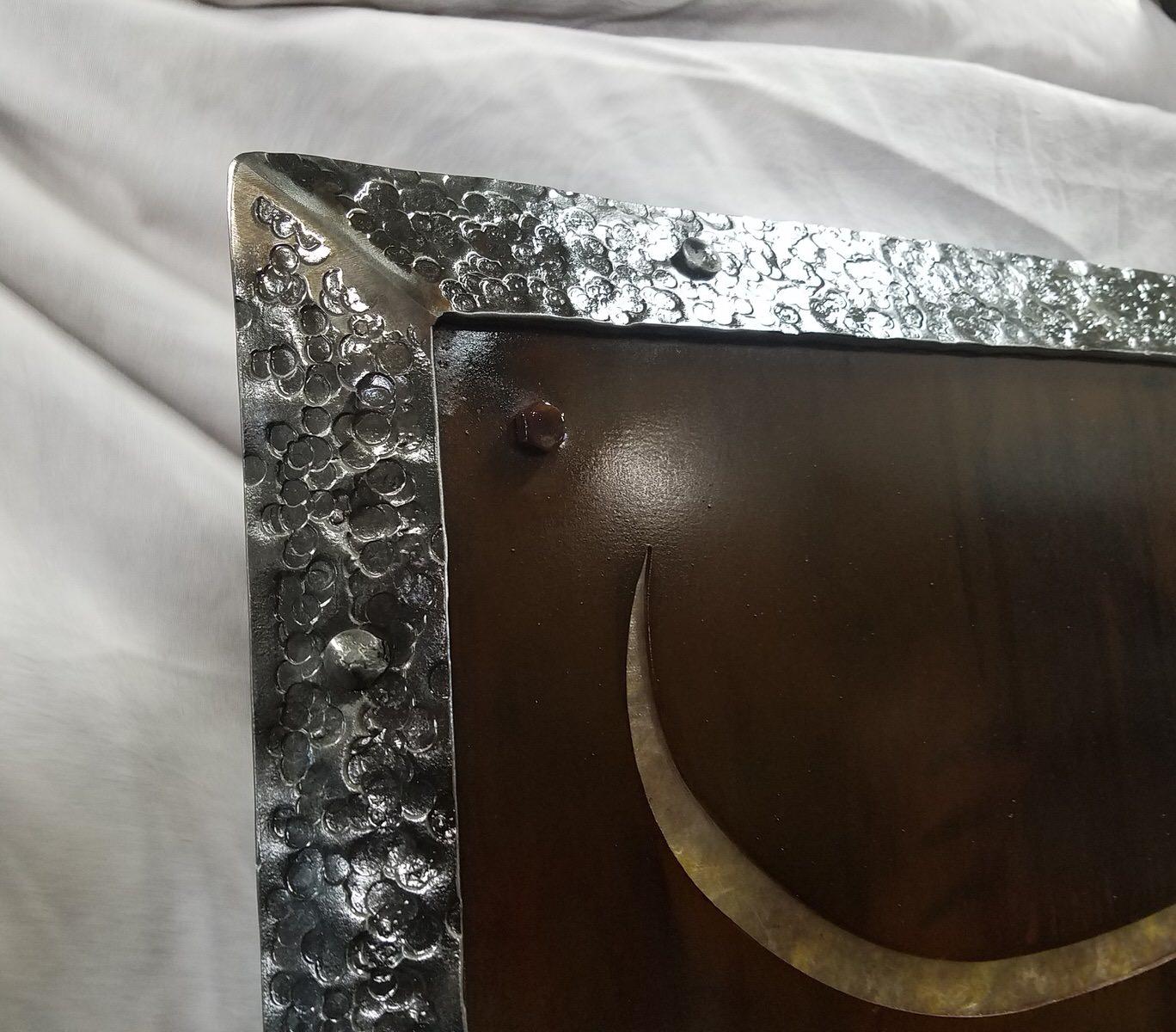 Sign Iron Skillet Detail