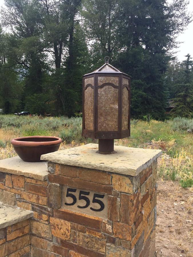 Teton Post Pendant