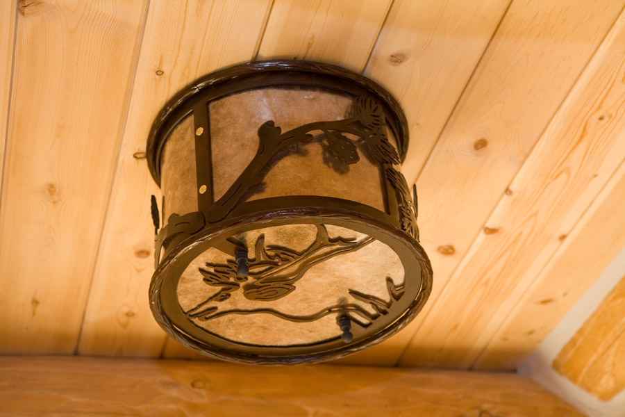Wilderness Pine Cone Dome Light
