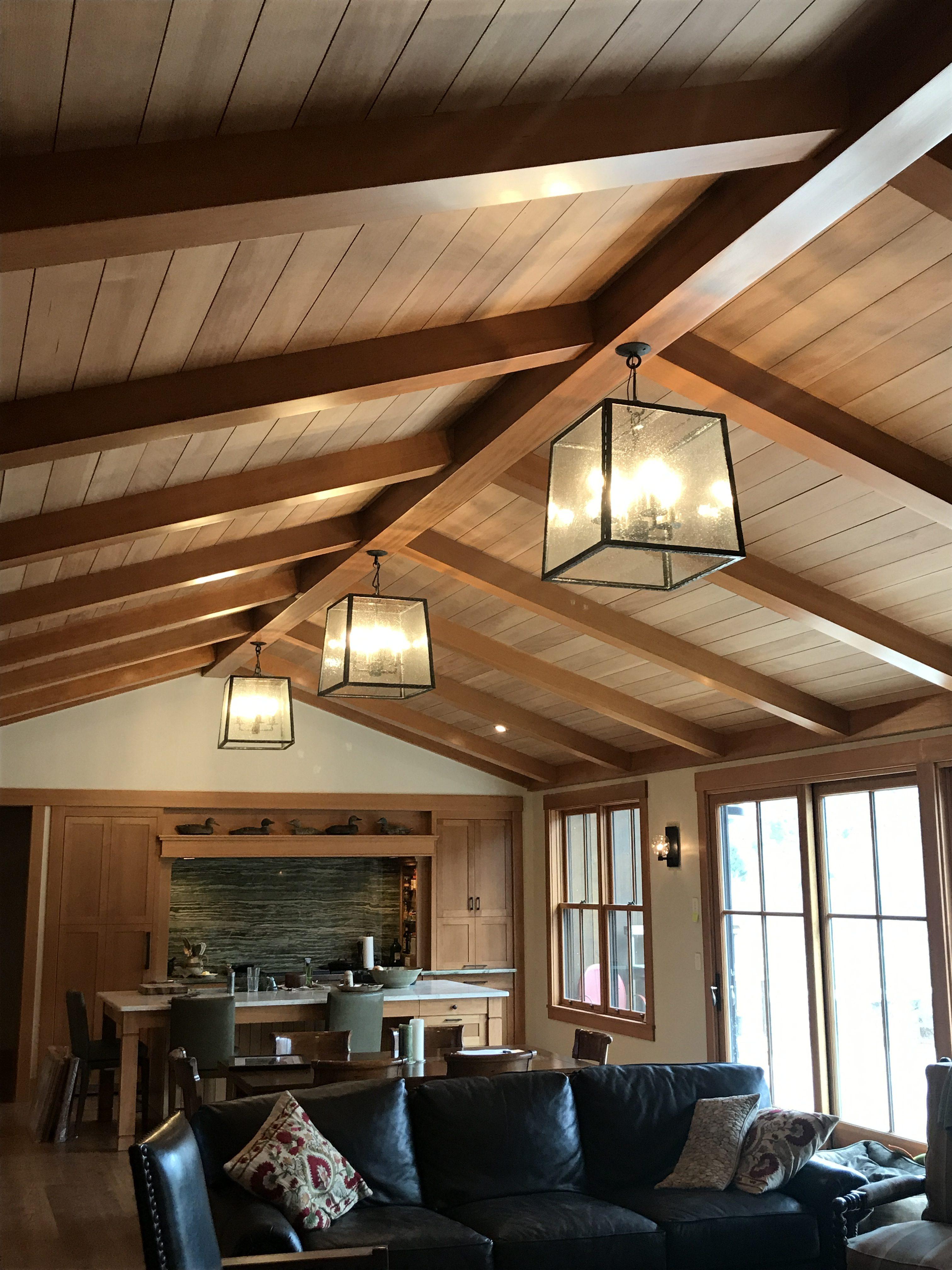 Coastal Lodge Chadelier Room Setting