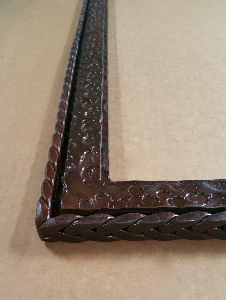 Big Horn Hammered Mirror Detail2